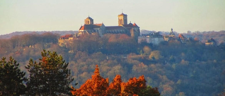 Canal du Nivernais : Auxerre - Vézelay à vélo