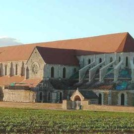 L'abbaye cistercienne de Pontigny, en Bourgogne