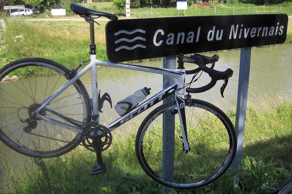 Panneau Canal du Nivernais à vélo