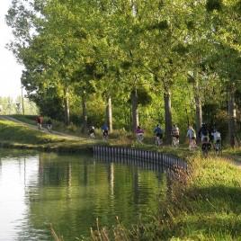 Le canal de Bourgogne à vélo électrique
