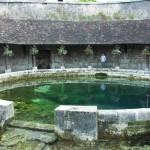 La mystèrieuse Fosse Dionne à Tonnerre, canal de Bourgogne à vélo