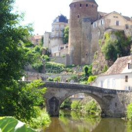 Semur-en-Auxois et son patrimoine, en Bourgogne