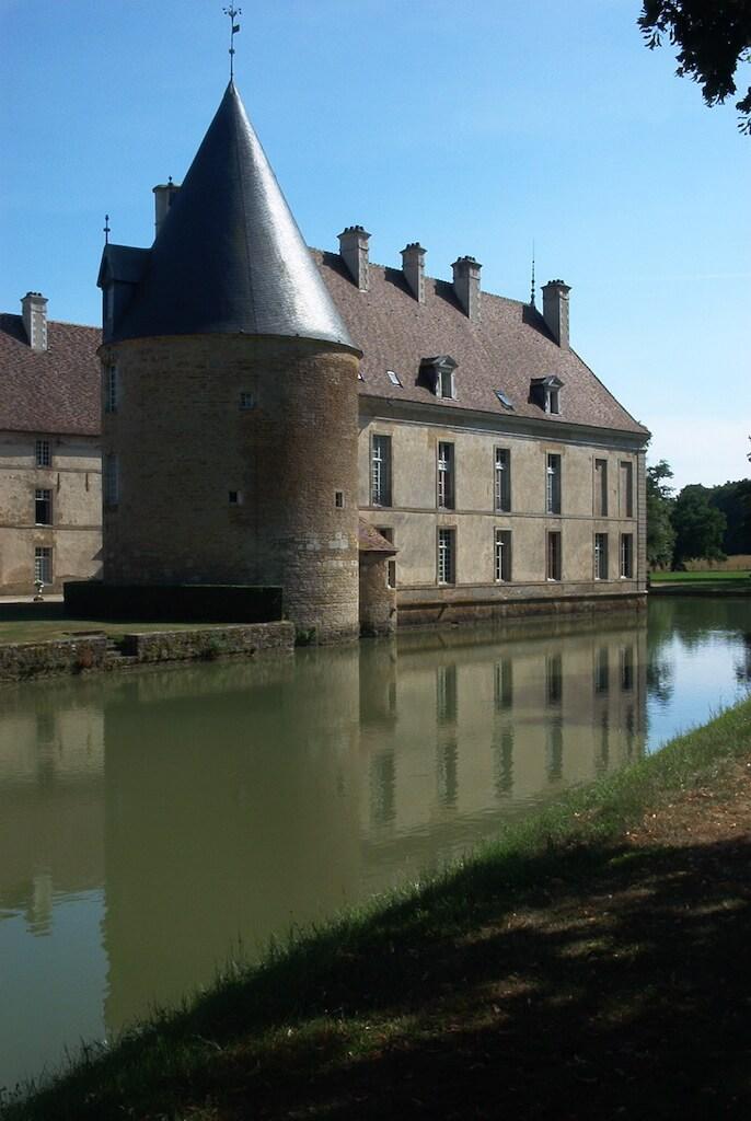 Château de Commarin - canal de Bourgogne